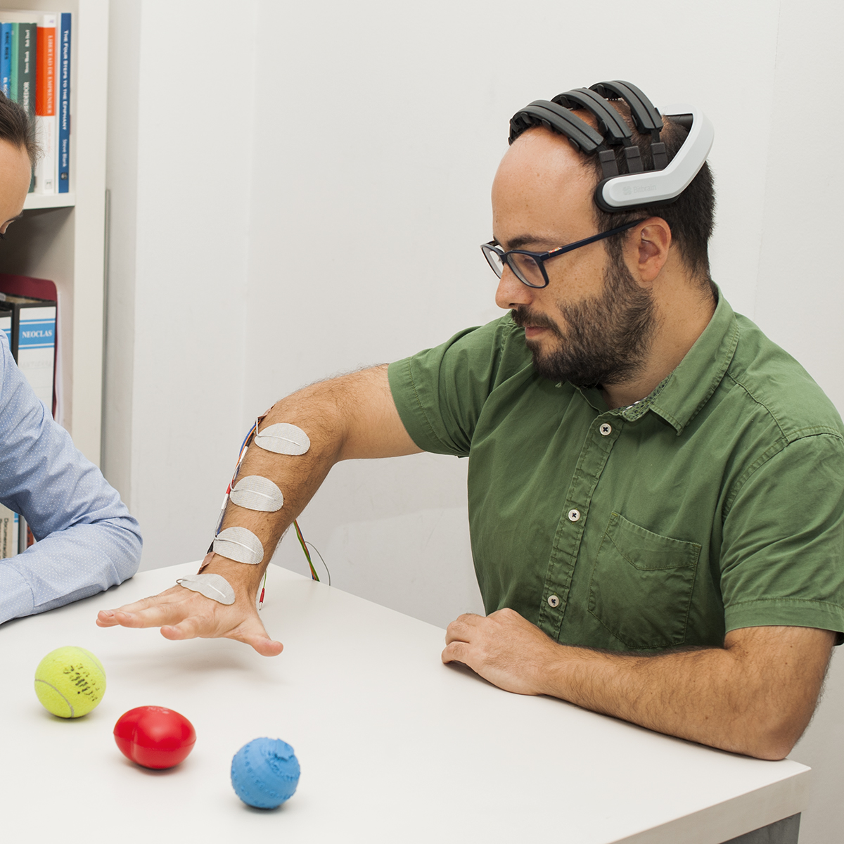 neurorehabilitation EEG device